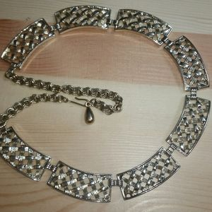 Sarah Coventry Textured Gold Basket Weave Bar Neck